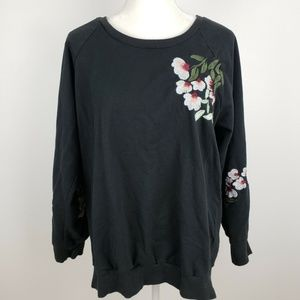 TORRID Black Crew Neck Floral Sweater